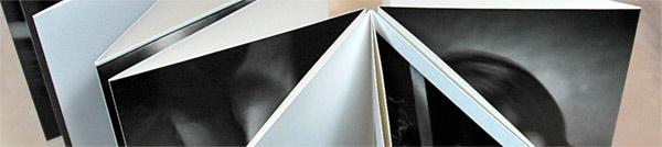 Ambachtelijk maatwerk Boeken binden bij Boekbinderij Seugling te Amsterdam, handboekbinders sinds 1923 www.handmadebooks.nl, www.uitgeverijlimitededitions.nl,/ leporello handmade books boxes portfolio